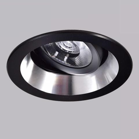 開孔7cm*5W崁燈 4